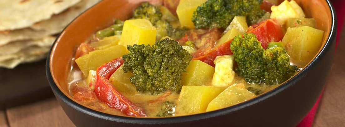 Cuenco de curry de verduras