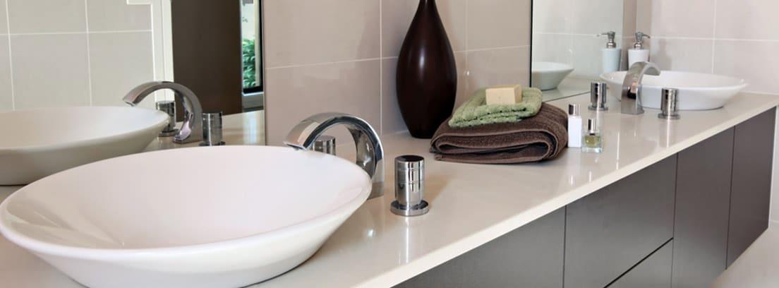 Ideas para colocar muebles debajo del lavabo