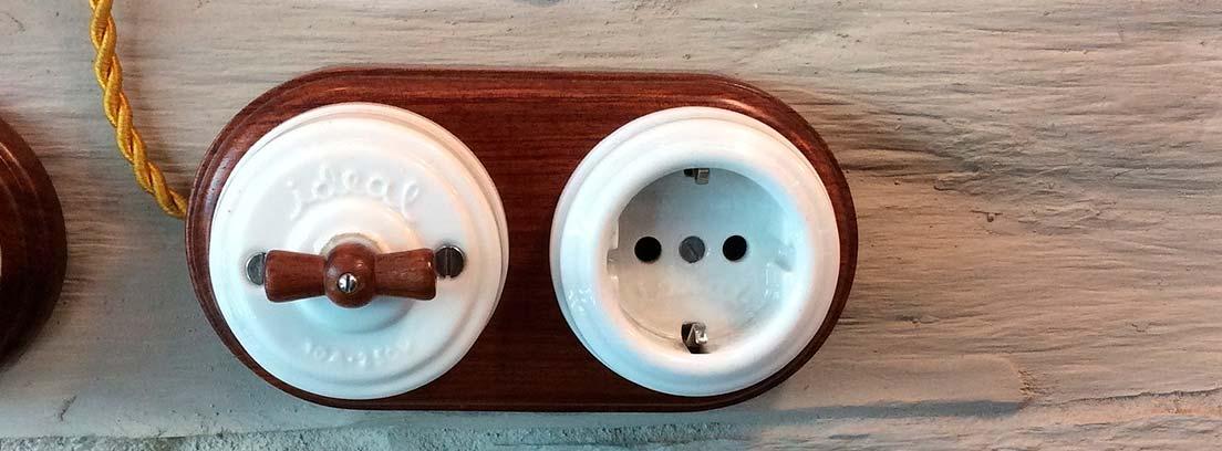 Enchufe e interruptor vintage
