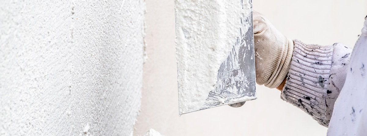 material para reparar las fisuras en las paredes