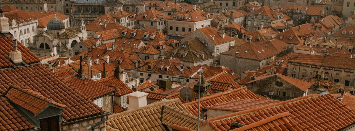 Tejas en cubiertas de viviendas