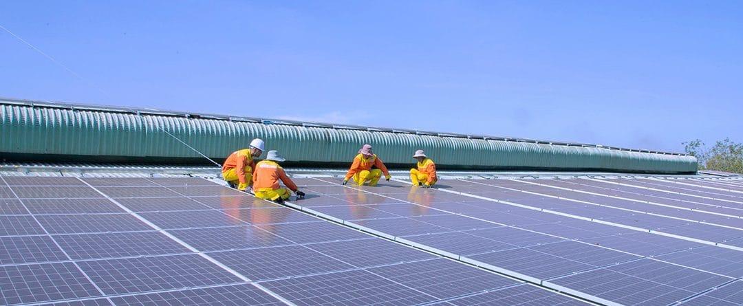 Diferencias entre paneles solares térmicos y fotovoltaicos